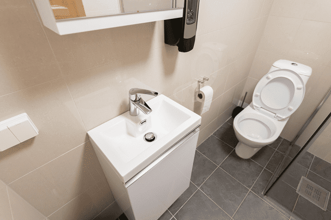 Fine Best Corner Toilets Of 2019 Recommended Reviews Beatyapartments Chair Design Images Beatyapartmentscom