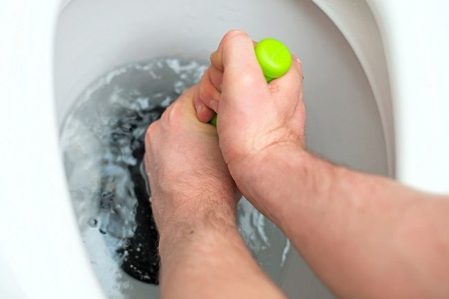 How to Keep Toilet Drain Clear