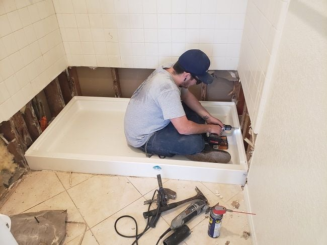 Different standard sizes of shower pans and their installation process