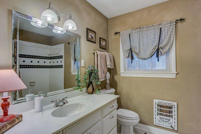 Top Tricks To Make The Bathroom Mirrors More Stylish